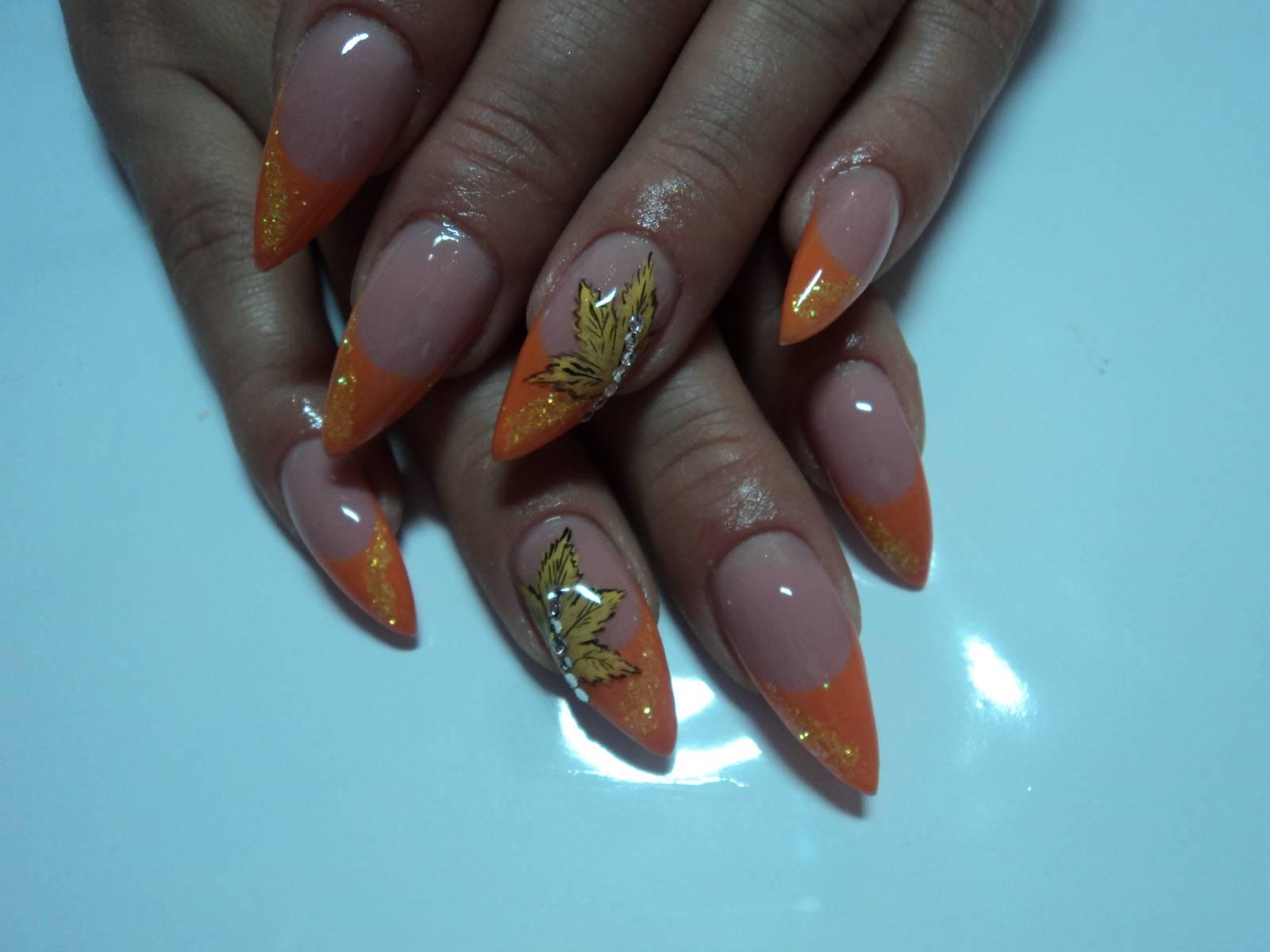 Дизайн для нарощенных ногтей осенний фото